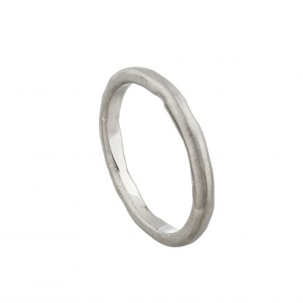 18ct white gold fine Molten wedding ring