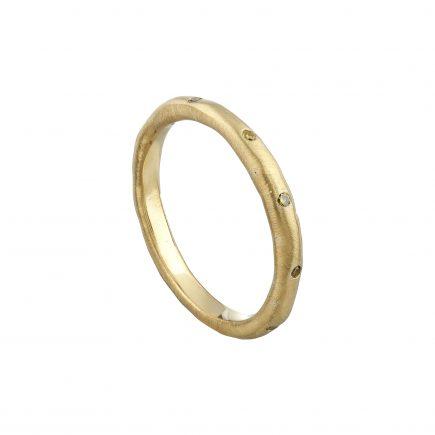 18ct yellow gold fine Molten ring flush-set with yellow diamonds