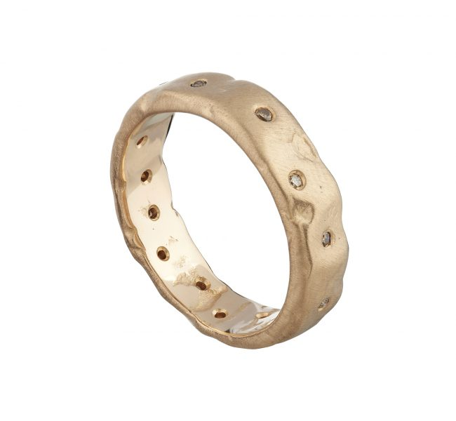 18ct rose gold wide molten ring with scattered champagne diamonds