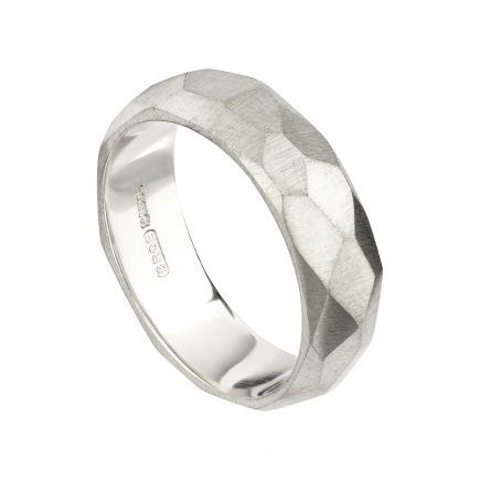 18ct white gold wide Brighton Rocks wedding ring