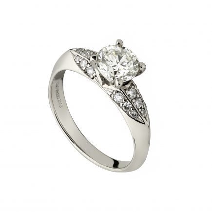 18ct white gold Limited Edition diamond ring with fluted shoulders