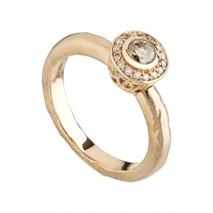 Engagement Ring With Filigree Collet & Champagne Diamonds