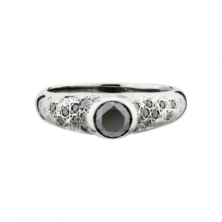 18ct white gold and black diamond Stardust ring
