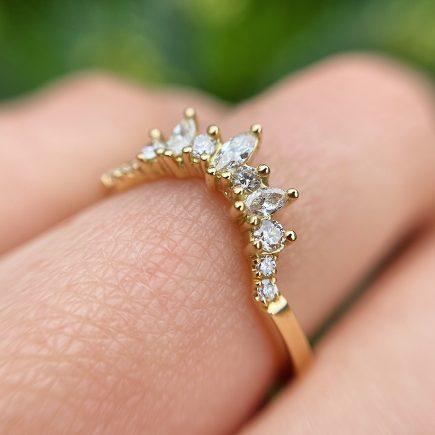 18ct Yellow Gold Marquise and Round Diamond Tiara Ring