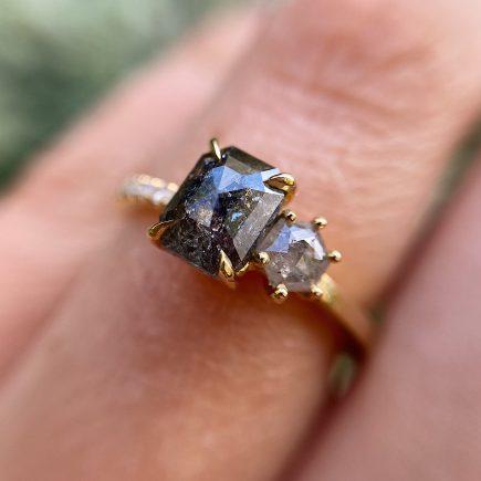 18ct Yellow Gold Asymmetric Salt and Pepper Diamond Ring
